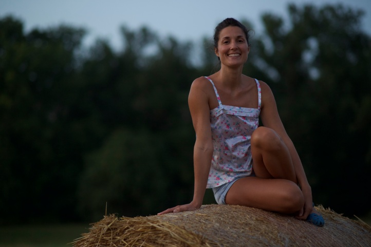 valentina-rose-yoga-blog-break-ups-hay-bale